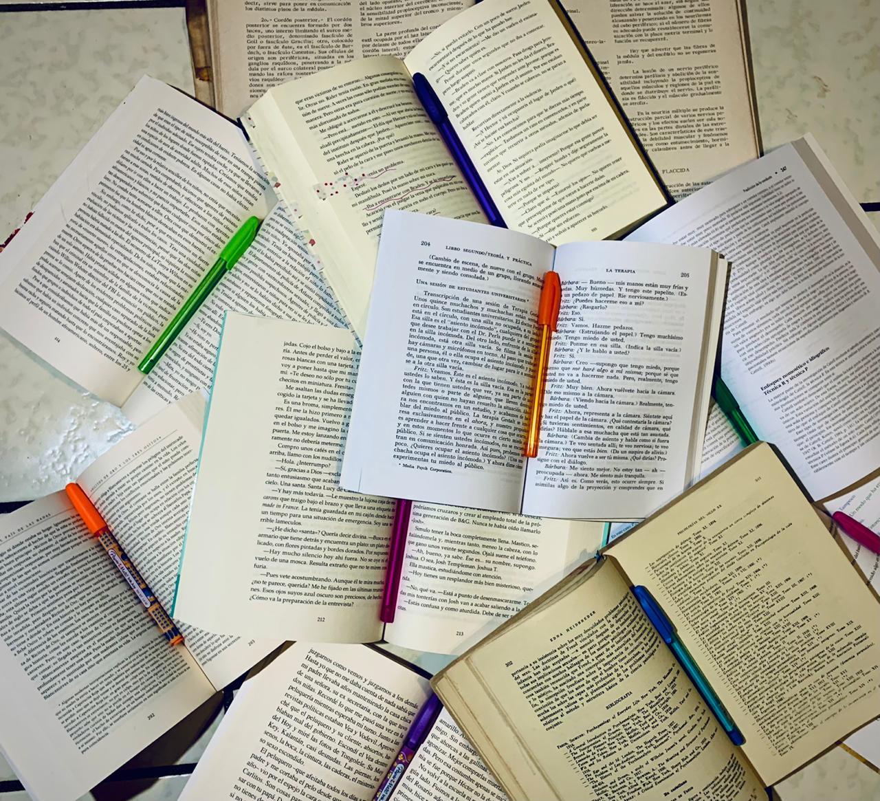 Libros Con Colores